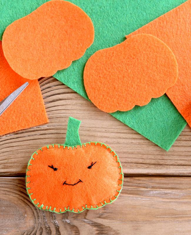 citrouille feutrine orange verte halloween