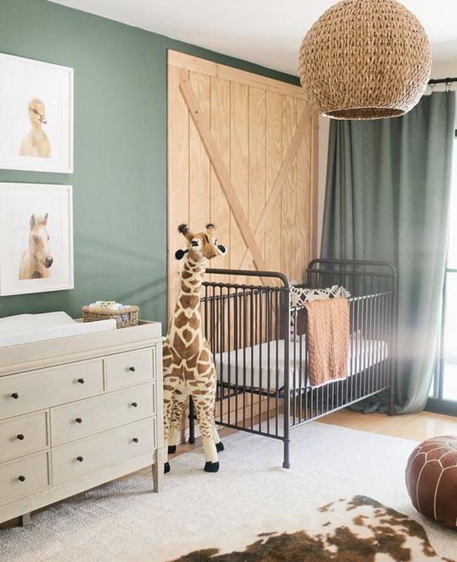 deco chambre bébé animaux jungle girafe