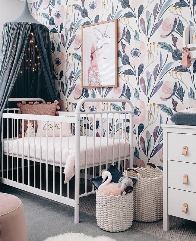 deco chambre bebe bleu canard ciel de lit papier peint