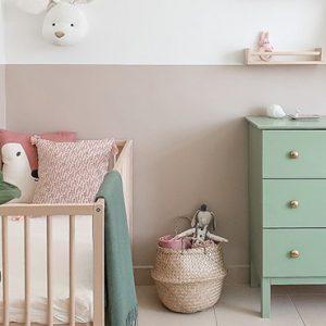 deco chambre bébé fille vert rose