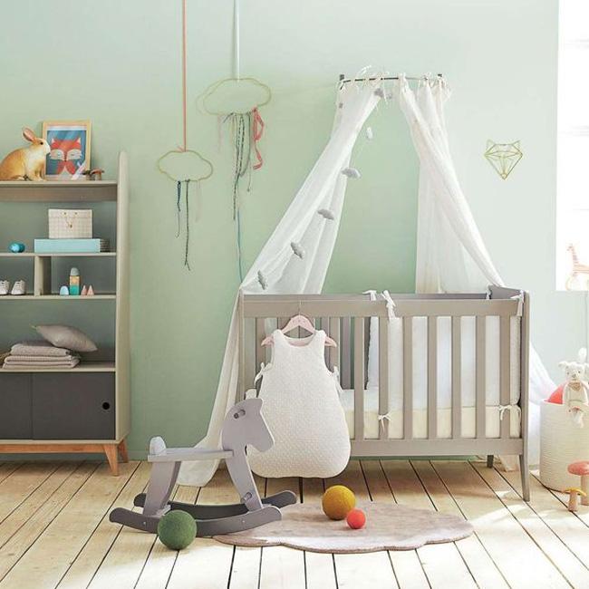deco chambre bébé mur peinture vert menthe