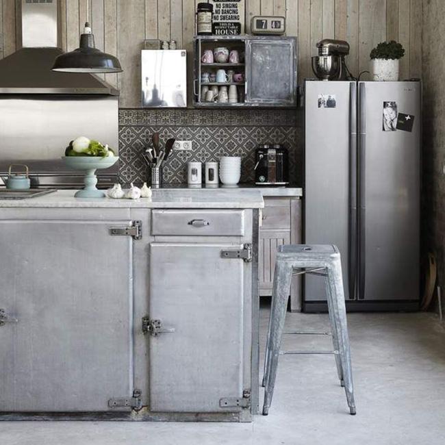 deco cuisine campagne industrielle ilot frigo vintage