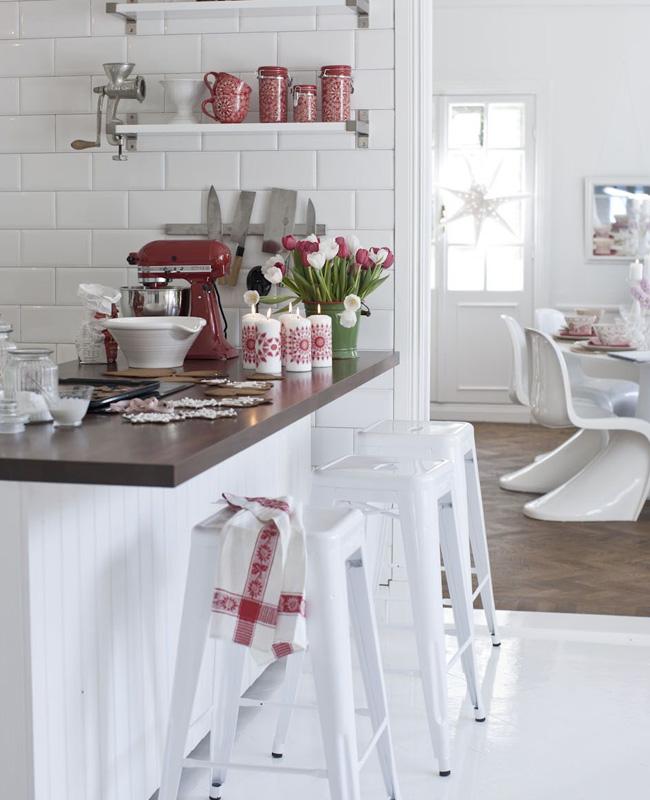 deco cuisine rouge blanc noël