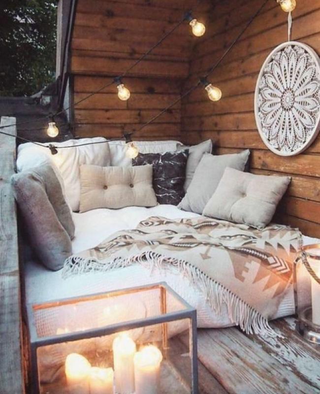 deco petit balcon hiver lit extérieur