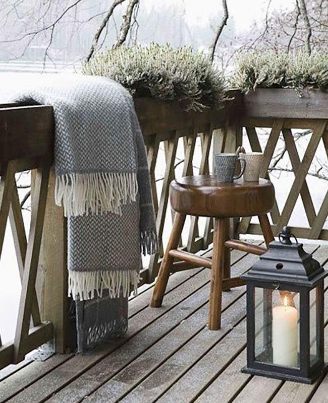 deco petit balcon hiver plaid