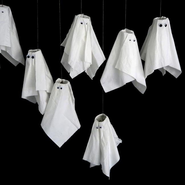 suspension fantôme papier toilette deco halloween