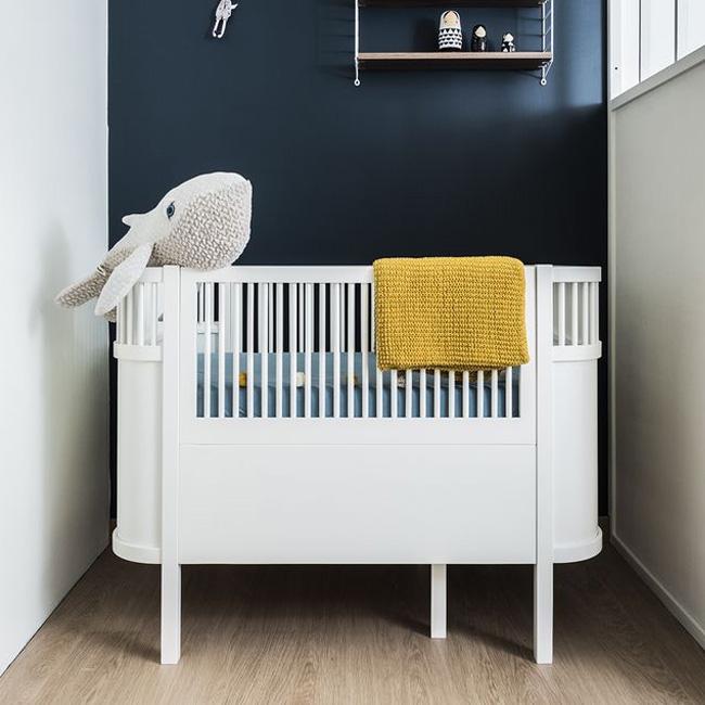 deco chambre bébé jaune moutarde bleu canard