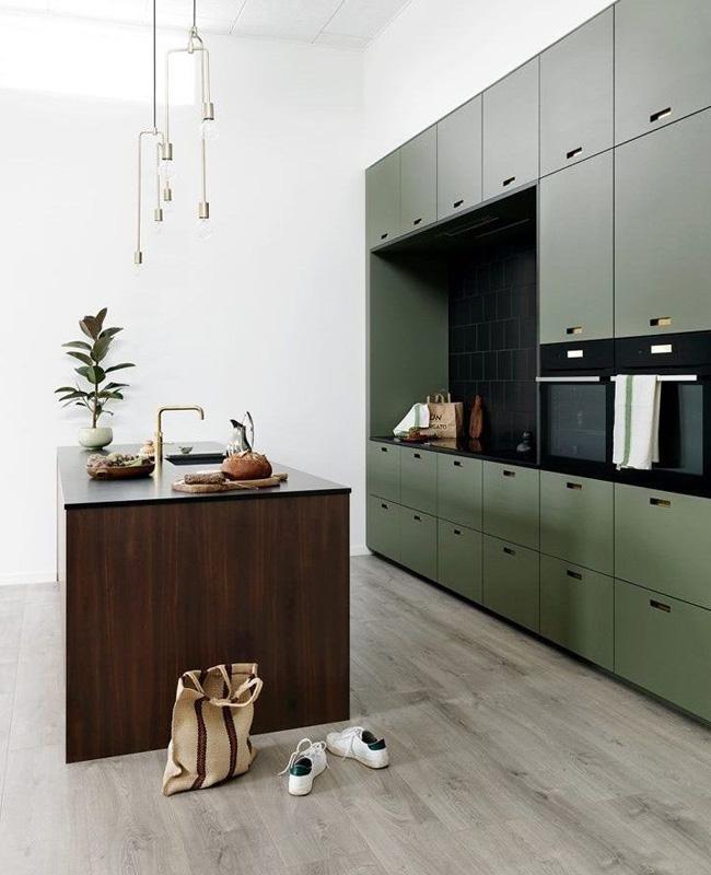 deco cuisine vert kaki blanc bois moderne