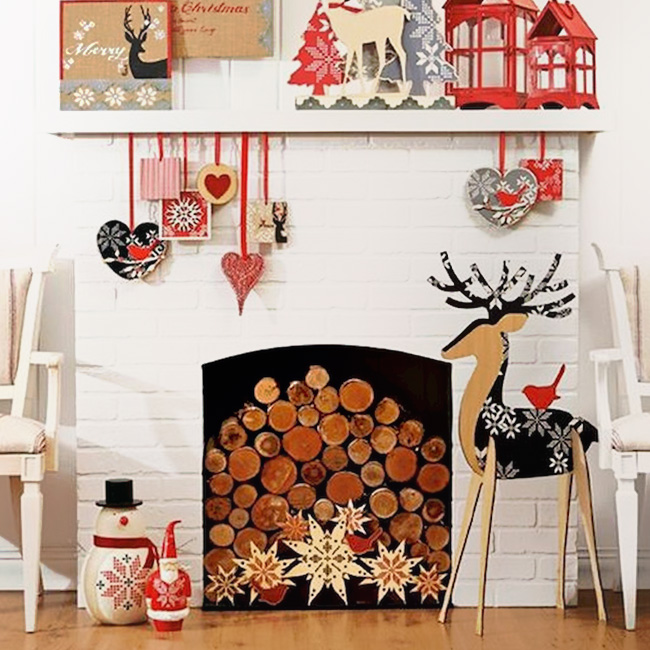 deco noel rouge bois cheminée