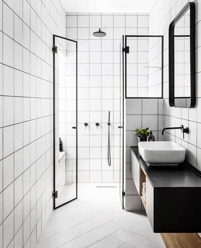 deco salle de bain minimaliste blanc moderne noir