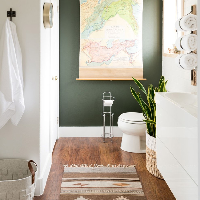 deco salle de bain vert blanc bohème