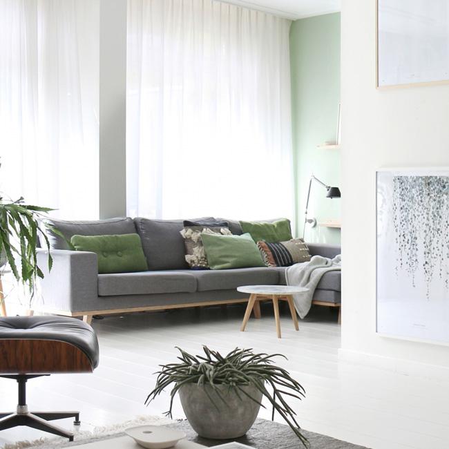 deco salon moderne gris vert mur