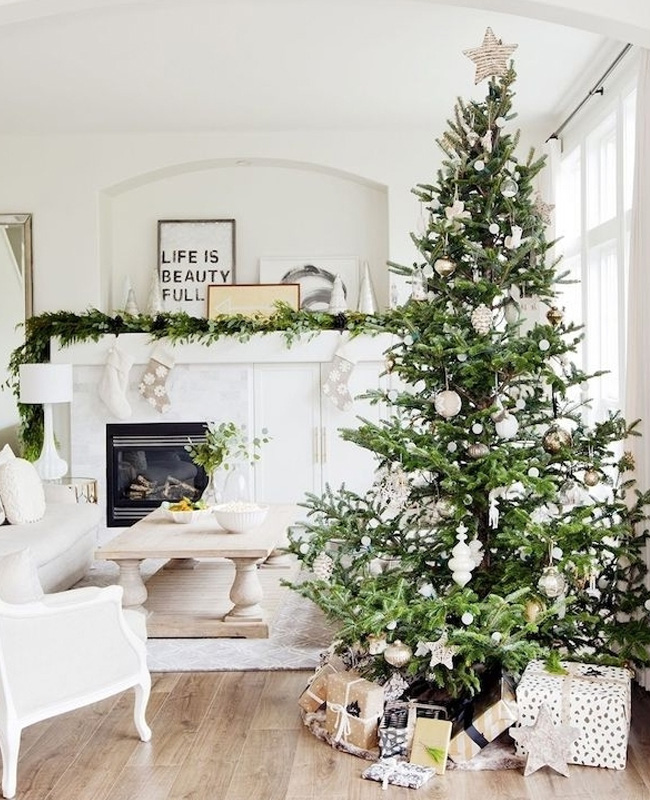 deco sapin noel bois blanc traditionnel