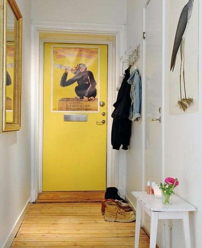 deco couloir jaune porte entrée