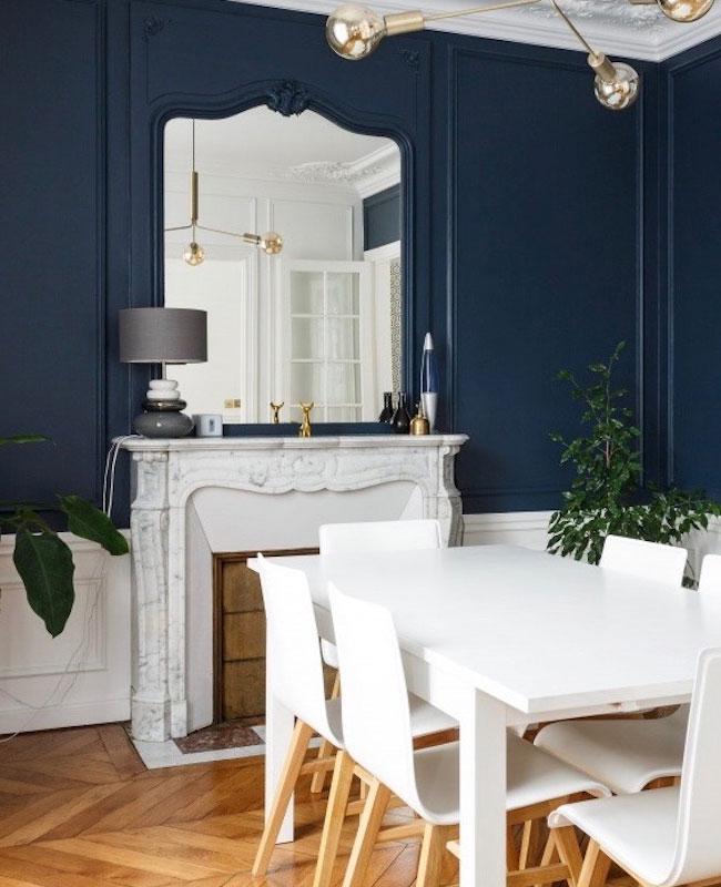 deco blanc bleu salle a manger moderne chic