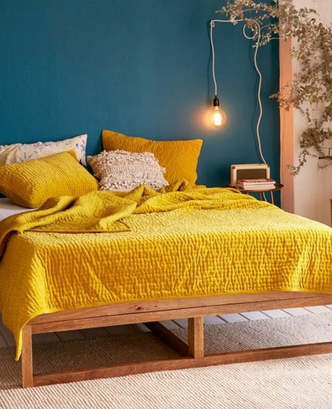 deco bleu canard jaune moutarde chambre
