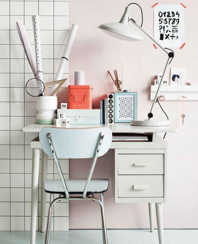 deco bureau bleu chaise pastel