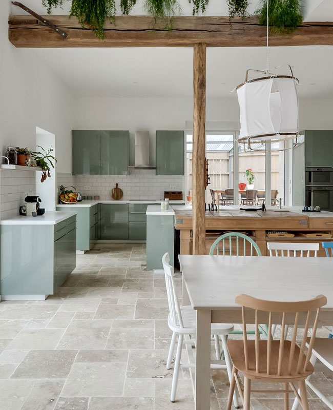 deco campagne moderne séjour cuisine vert