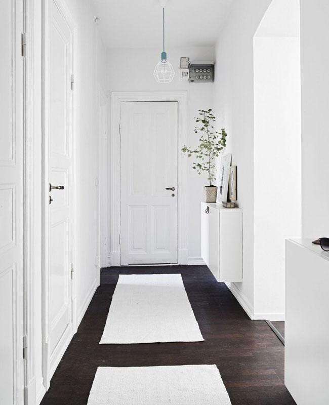 deco couloir blanc tapis
