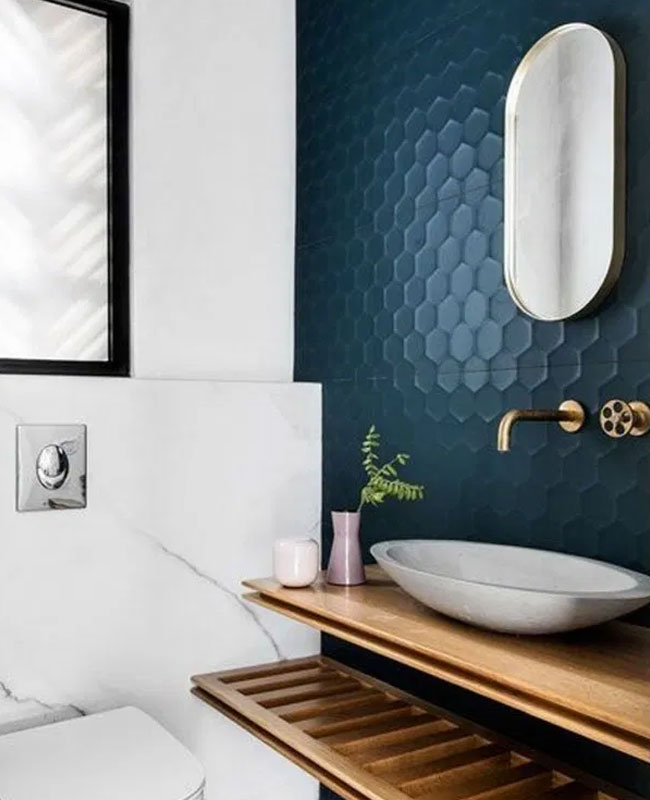 deco salle de bain bleu carrelage nid abeille