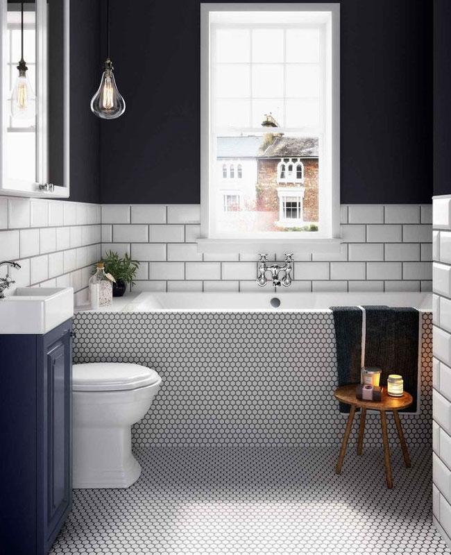 deco salle de bain bleu mur bleu foncé