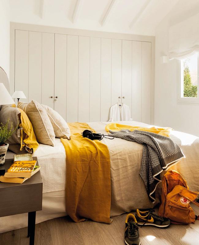 deco chambre jaune moutarde et gris clair
