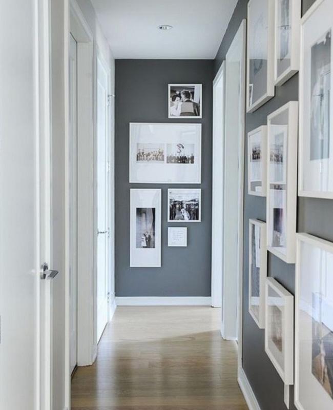 deco couloir gris mur cadres
