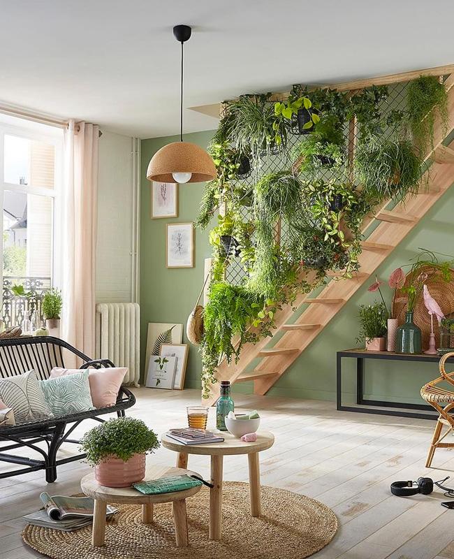 deco plante salon mur vegetal escalier