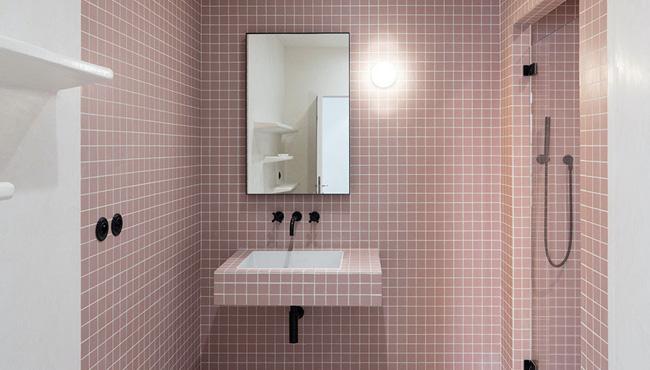 deco salle de bain noir rose
