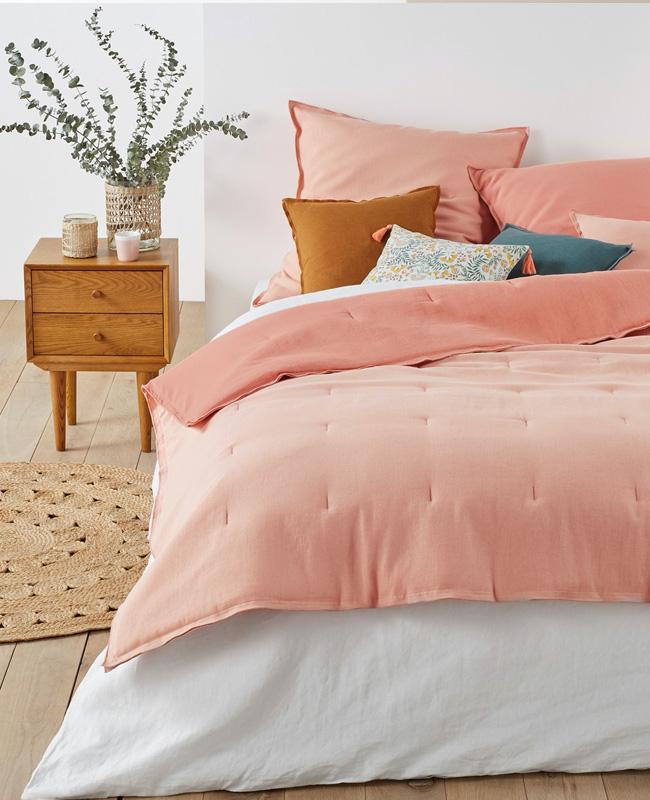 deco chambre rose linge de lit