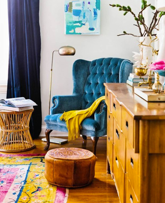 deco salon bleu canard fauteuil vintage