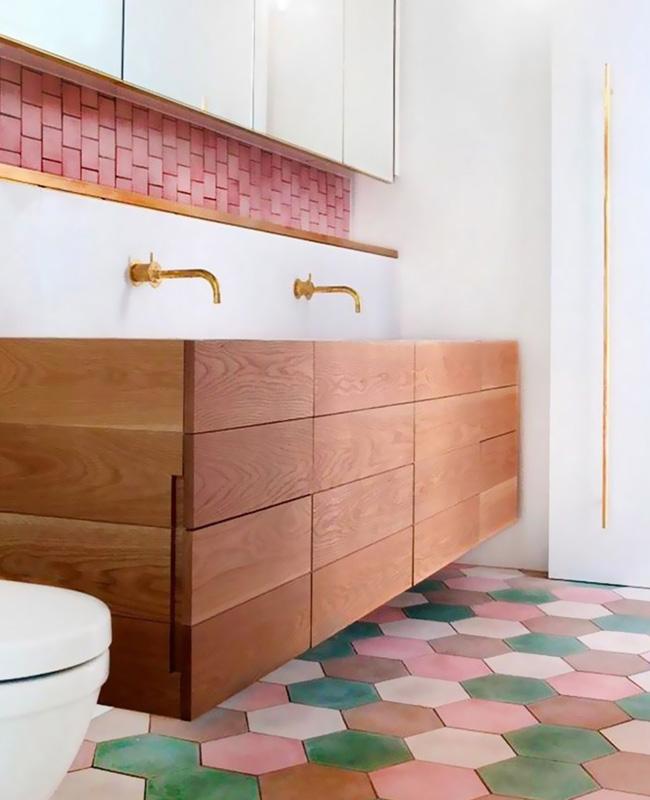 deco salle de bain sol terracotta colore