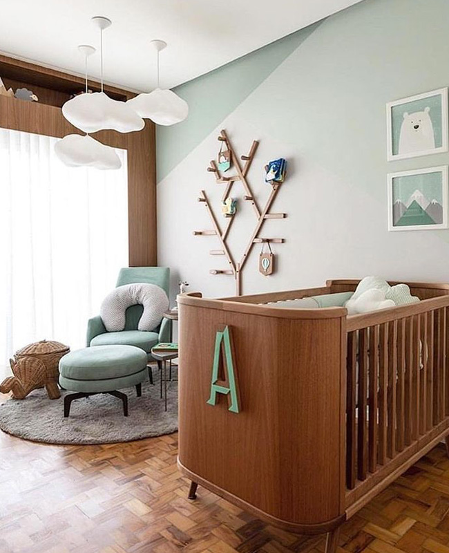 deco chambre bebe moderne vert pastel bois