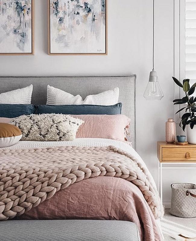 deco chambre moderne rose linge de lit