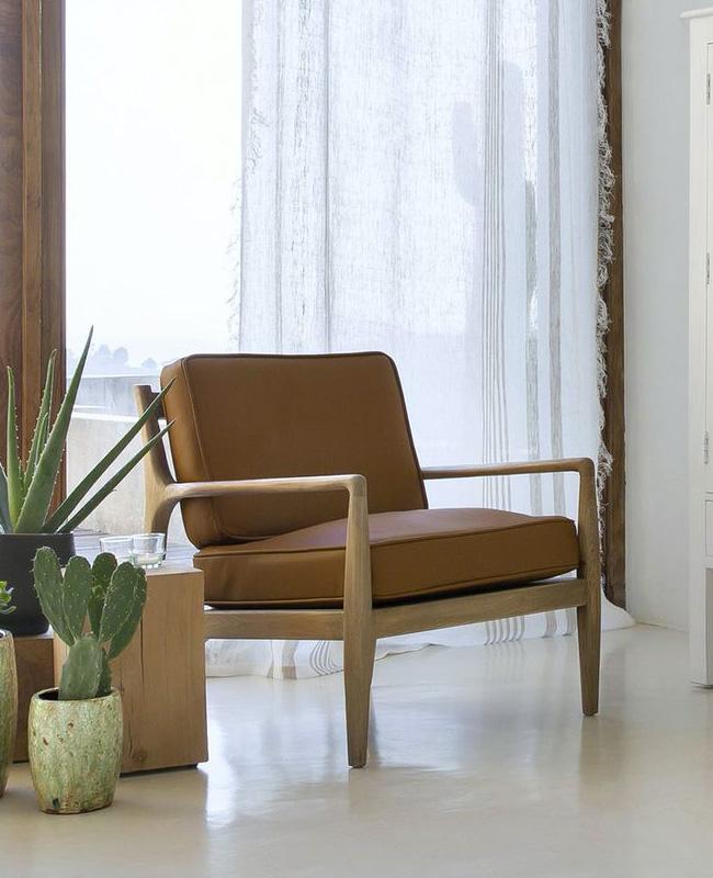 fauteuil bois vintage cuir