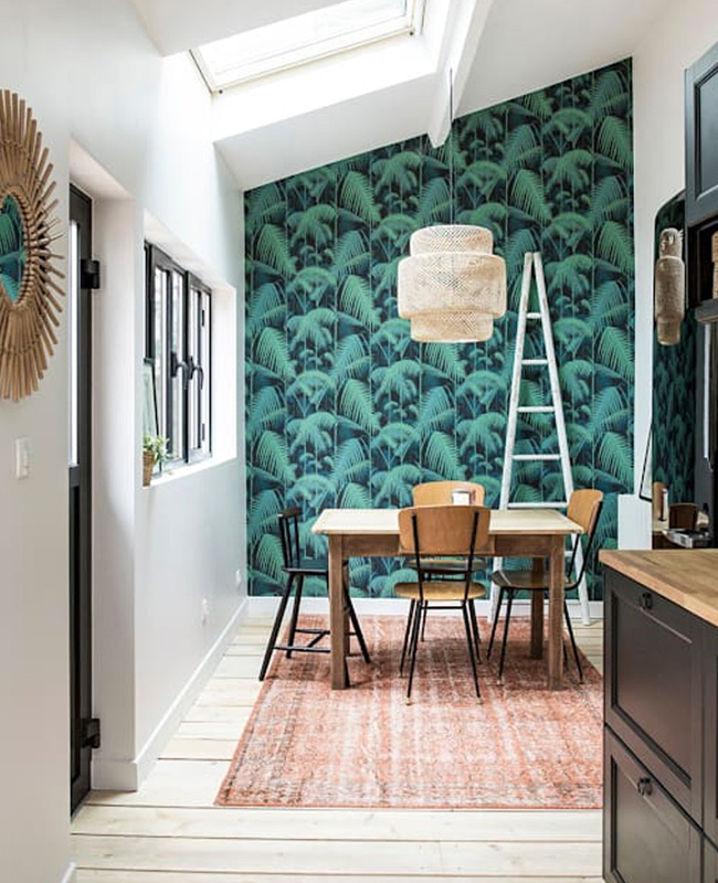 deco salle a manger papier peint tropical