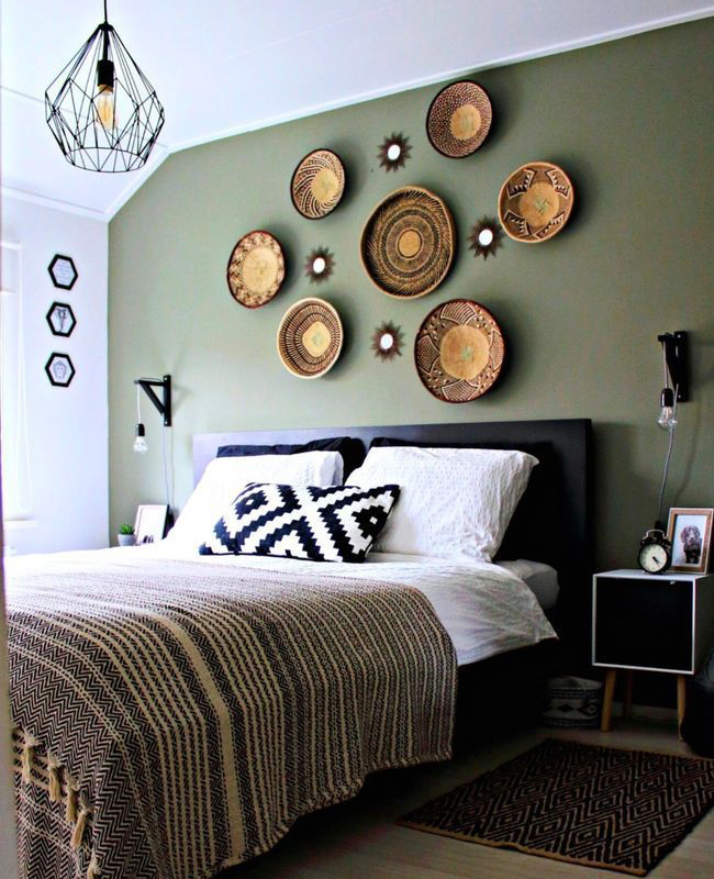 deco chambre mur vert kaki paniers