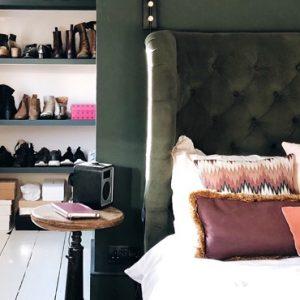 deco chambre vert kaki rose