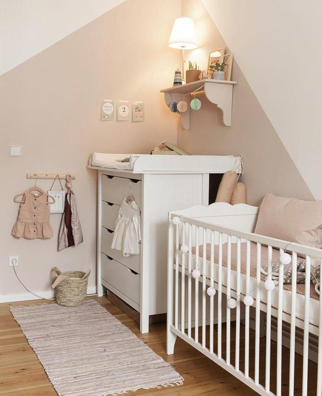 deco chambre bebe rose poudre beige