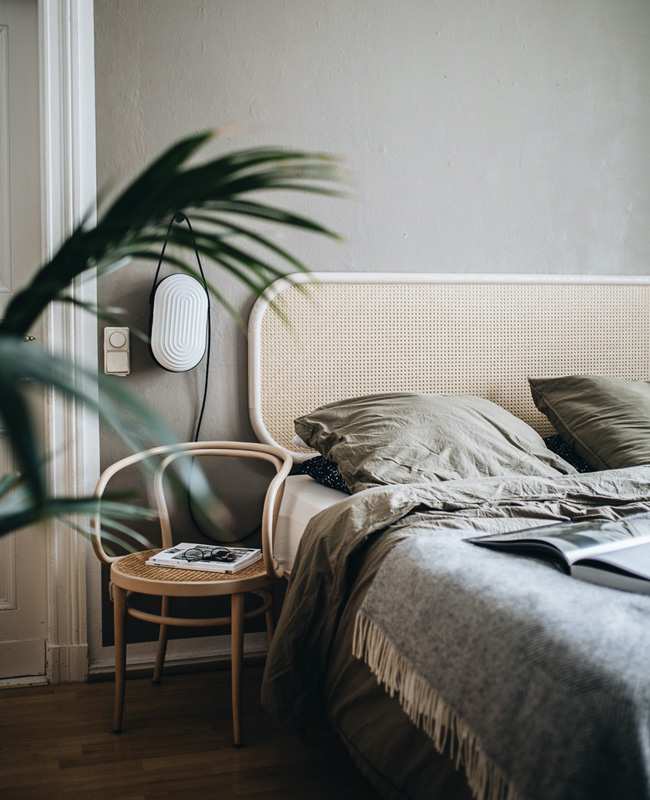 chambre moderne tete de lit cannage