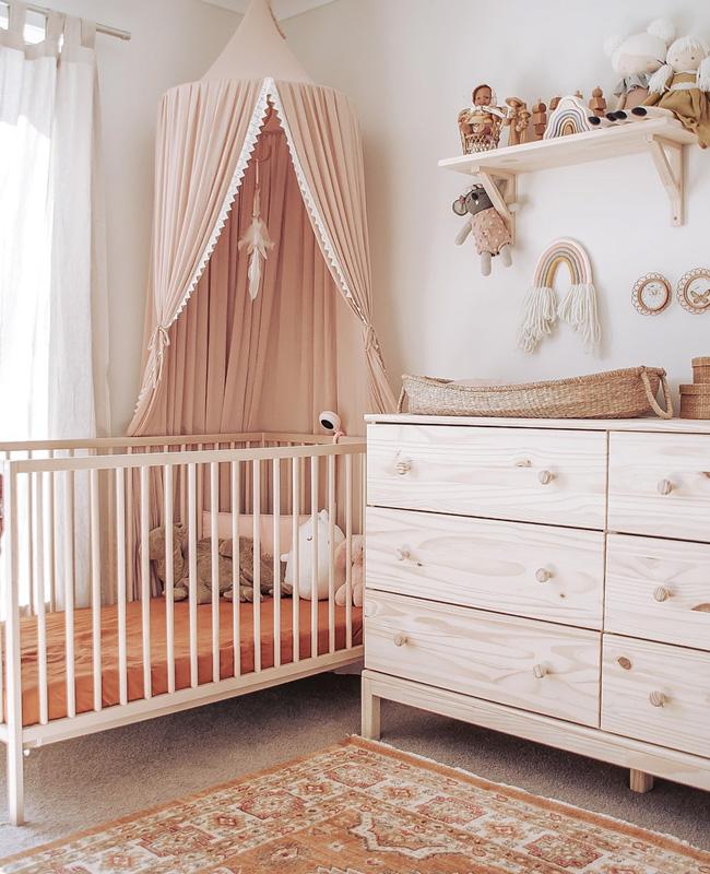 deco chambre bebe rose beige nature
