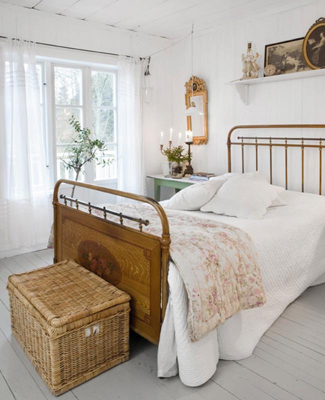 deco chambre campagne lit bois vintage