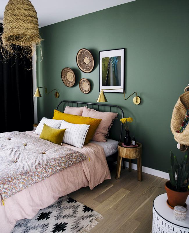 deco chambre vert kaki rose nature
