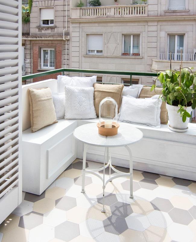 deco balcon blanc moderne