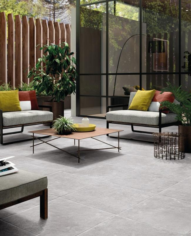 deco terrasse gris carrelage moderne