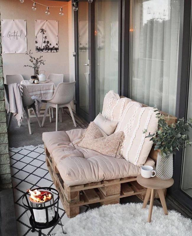 canape palette deco balcon cosy