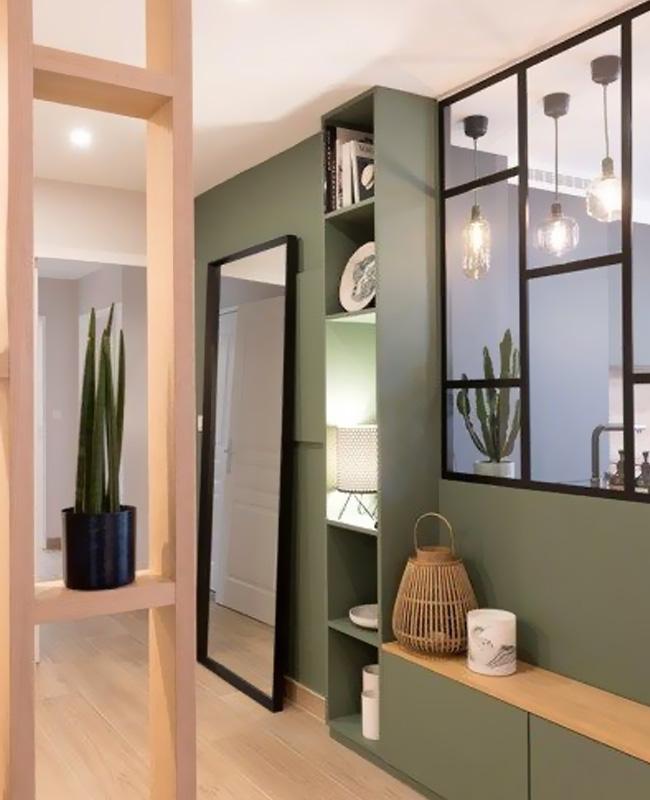 couloir peinture vert kaki bois