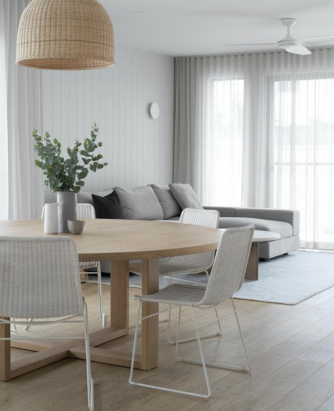 chaise rotin blanc salle a manger moderne
