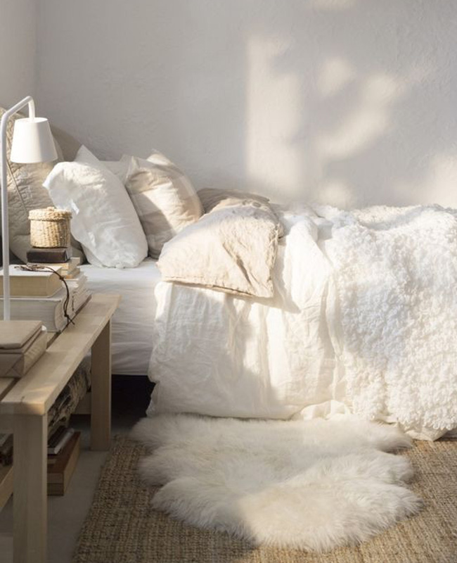 tapis fausse fourrure deco chambre cosy