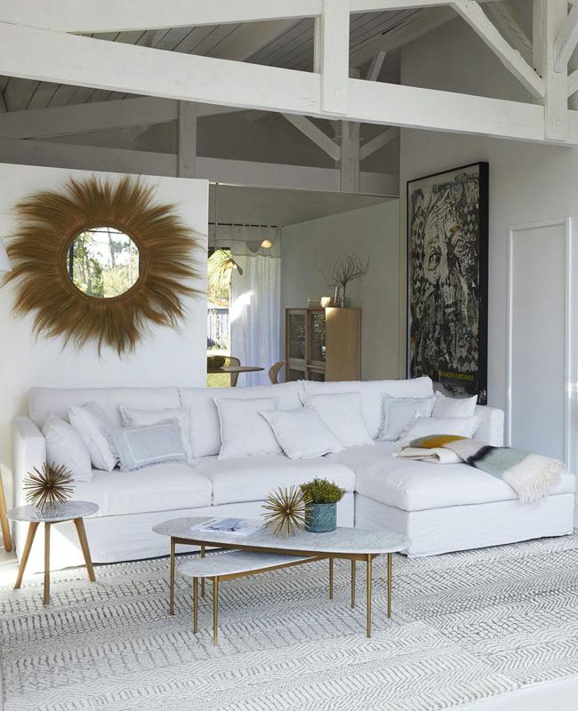 table basse doree marbre blanc